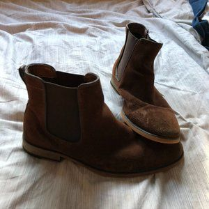 🌸 LAST CHANCE Brown Chelsea Boot 🌸